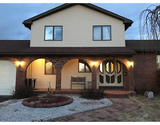 独户住宅 为 销售 在 45 Hunter Road Ludlow, 马萨诸塞州 01056 美国