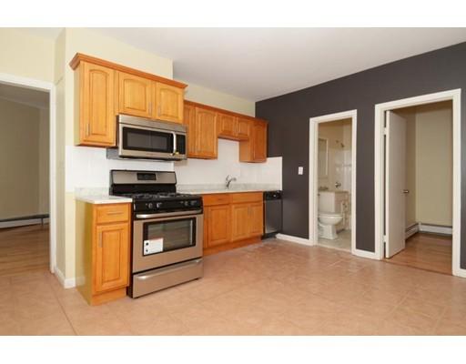 Casa Unifamiliar por un Alquiler en 21 Monmouth Street Boston, Massachusetts 02128 Estados Unidos