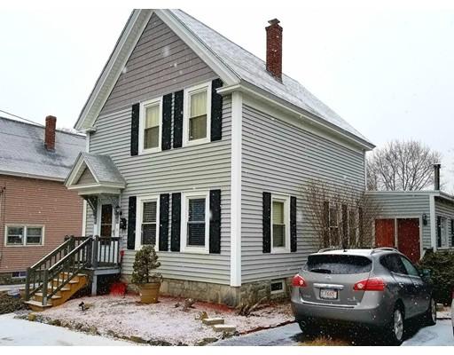 独户住宅 为 销售 在 147 Humphrey Street 147 Humphrey Street Lowell, 马萨诸塞州 01850 美国