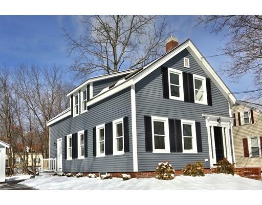 独户住宅 为 销售 在 33 West Main 33 West Main Merrimac, 马萨诸塞州 01860 美国