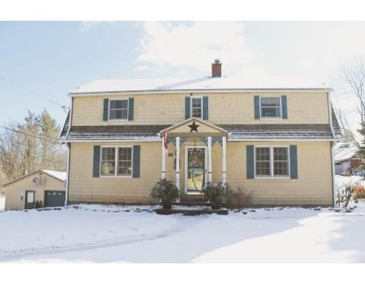 Casa Unifamiliar por un Venta en 22 Monson Road 22 Monson Road Wales, Massachusetts 01081 Estados Unidos
