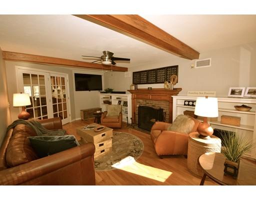 Single Family Home for Sale at 105 Martin Lane 105 Martin Lane Wrentham, Massachusetts 02093 United States