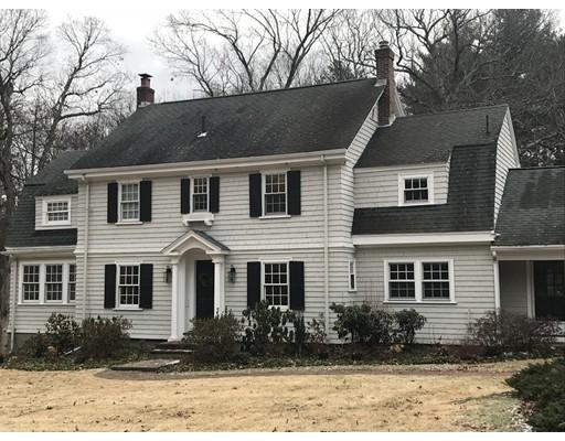 Частный односемейный дом для того Продажа на 48 Ridgeway Road 48 Ridgeway Road Weston, Массачусетс 02493 Соединенные Штаты