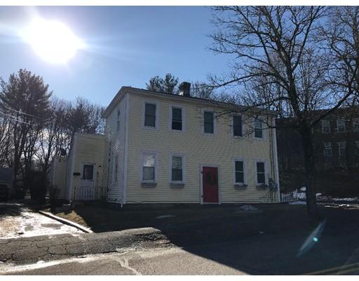 متعددة للعائلات الرئيسية للـ Sale في 63 Union Street 63 Union Street East Bridgewater, Massachusetts 02333 United States