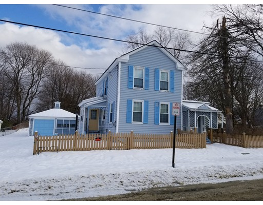 Частный односемейный дом для того Продажа на 248 Robbins Avenue 248 Robbins Avenue Pittsfield, Массачусетс 01201 Соединенные Штаты