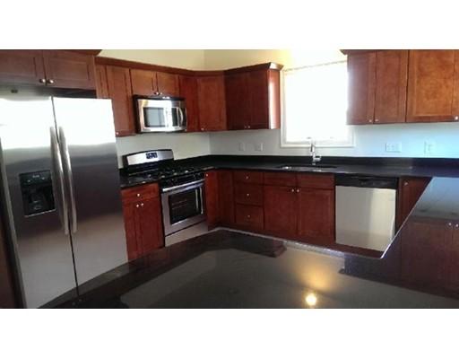 Apartamento por un Alquiler en 10 Barker St #10 10 Barker St #10 Boston, Massachusetts 02135 Estados Unidos