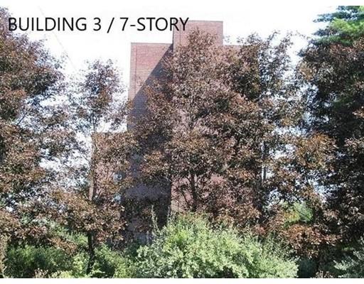 商用 为 销售 在 43 Main St - LOT 4 43 Main St - LOT 4 莱克威尔, 马萨诸塞州 02347 美国