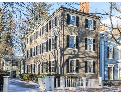 Maison unifamiliale pour l Vente à 8 Chestnut Street 8 Chestnut Street Salem, Massachusetts 01970 États-Unis
