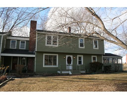 واحد منزل الأسرة للـ Sale في 51 Union 51 Union Stratham, New Hampshire 03885 United States