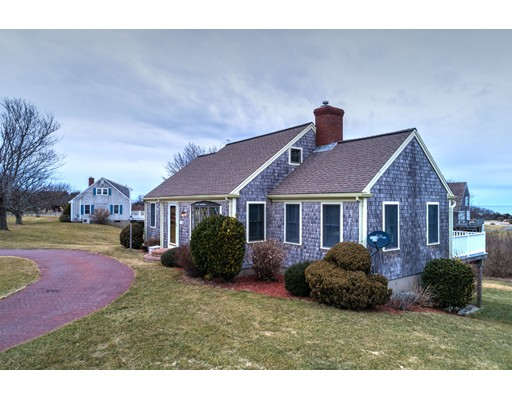 Частный односемейный дом для того Продажа на 78 Seaside Avenue 78 Seaside Avenue Dennis, Массачусетс 02638 Соединенные Штаты