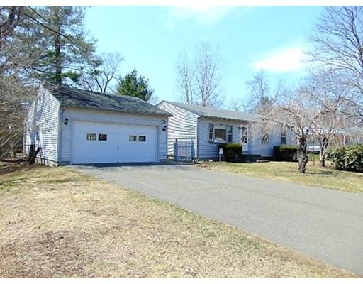 独户住宅 为 销售 在 191 Brookside Circle 191 Brookside Circle Northampton, 马萨诸塞州 01062 美国