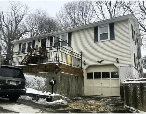 独户住宅 为 销售 在 110 Foster Street 110 Foster Street Lowell, 马萨诸塞州 01851 美国
