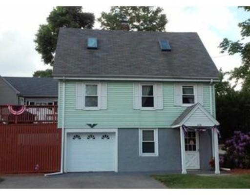 独户住宅 为 出租 在 228 Pleasant Street Reading, 01867 美国