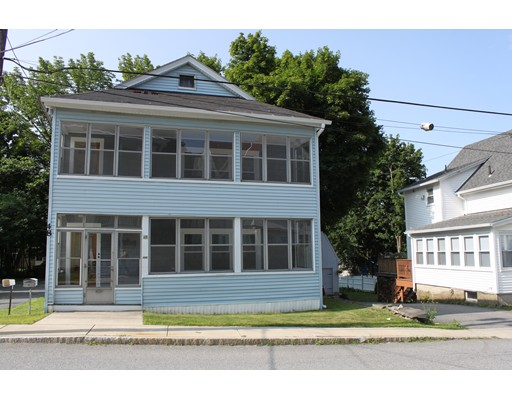 شقة للـ Rent في 48 Richmond St #2nd Fl 48 Richmond St #2nd Fl Gardner, Massachusetts 01440 United States