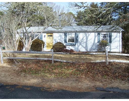 Maison unifamiliale pour l Vente à 48 Driftwood Circle 48 Driftwood Circle Harwich, Massachusetts 02645 États-Unis