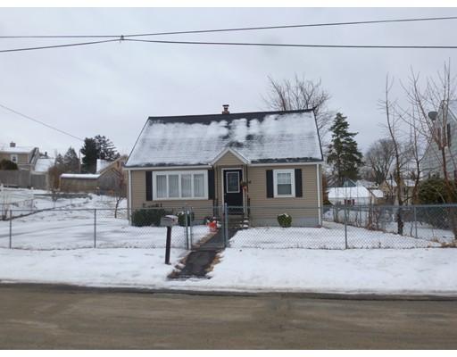 Casa Unifamiliar por un Alquiler en 46 Greendale 46 Greendale Worcester, Massachusetts 02606 Estados Unidos