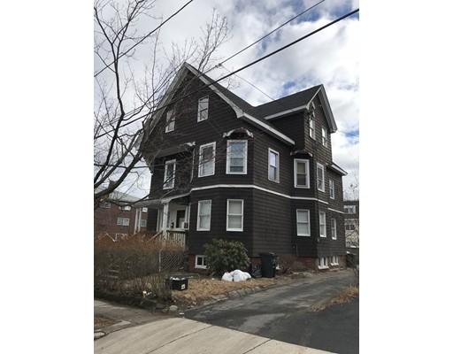 Moradia Multi-familiar para Venda às 27 Grape Street 27 Grape Street Malden, Massachusetts 02148 Estados Unidos