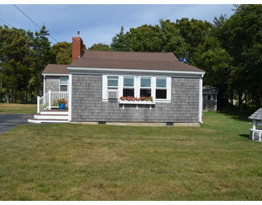 Maison unifamiliale pour l Vente à 51 Balsam Street 51 Balsam Street Fairhaven, Massachusetts 02719 États-Unis