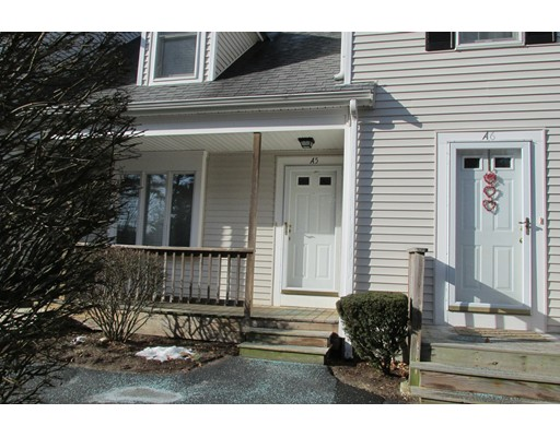 Condominio por un Venta en 547 Washington Street 547 Washington Street Pembroke, Massachusetts 02359 Estados Unidos