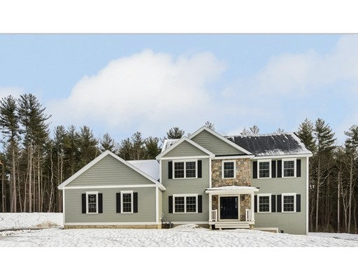 Частный односемейный дом для того Продажа на 6 Graeme Way 6 Graeme Way Groveland, Массачусетс 01834 Соединенные Штаты