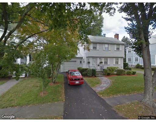 Частный односемейный дом для того Аренда на 40 Elm Street 40 Elm Street Milton, Массачусетс 02186 Соединенные Штаты