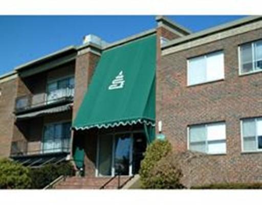 Single Family Home for Rent at 1206 Greendale Avenue 1206 Greendale Avenue Needham, Massachusetts 02492 United States