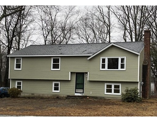 Single Family Home for Rent at 3 Concord Road 3 Concord Road Shrewsbury, Massachusetts 01545 United States