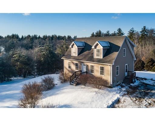 Single Family Home for Sale at 554 Streetate Street 554 Streetate Street Belchertown, Massachusetts 01007 United States