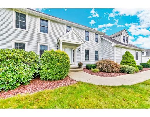 Maison unifamiliale pour l Vente à 22 Victoria Lane 22 Victoria Lane Wilbraham, Massachusetts 01095 États-Unis