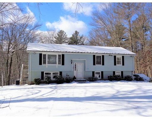 Single Family Home for Sale at 155 Warren Road Brimfield, 01010 United States
