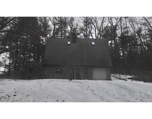 Maison unifamiliale pour l Vente à 119 Wickaboag Valley Road 119 Wickaboag Valley Road West Brookfield, Massachusetts 01585 États-Unis