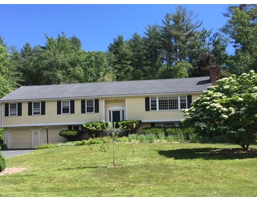 Picture 2 of 20 Bakers Hill Rd  Weston Ma 4 Bedroom Single Family