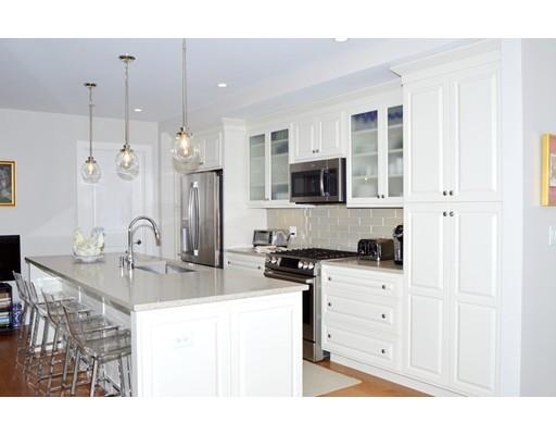共管式独立产权公寓 为 销售 在 201 Elliott Street 贝弗利, 马萨诸塞州 01915 美国