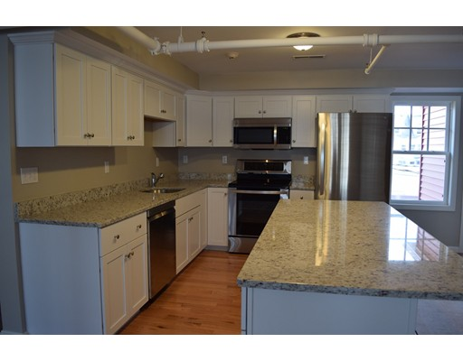 Appartement pour l à louer à 277 Central Street #B 277 Central Street #B Acton, Massachusetts 01720 États-Unis