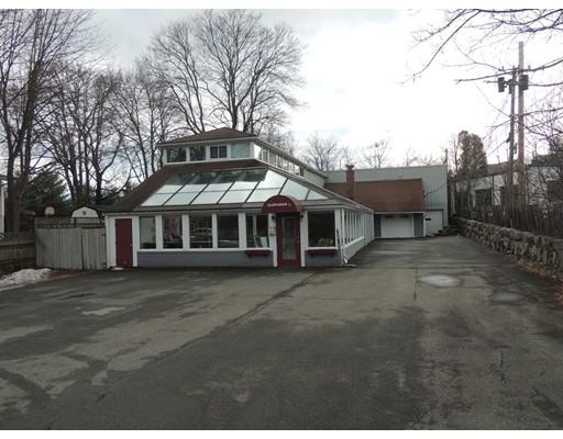 Commercial pour l Vente à 430 Maple Street 430 Maple Street Danvers, Massachusetts 01923 États-Unis