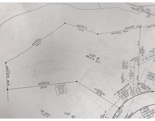 土地,用地 为 销售 在 21 EAST MEADOW LANE 21 EAST MEADOW LANE 米德尔顿, 马萨诸塞州 01949 美国