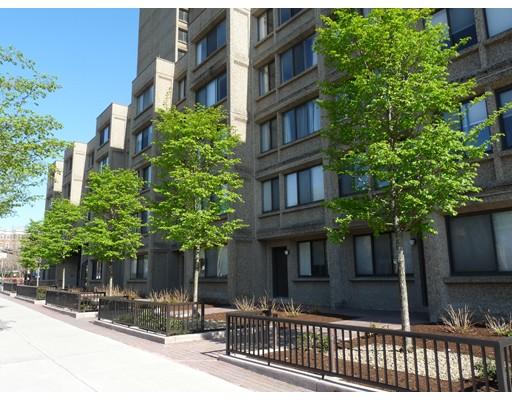 独户住宅 为 出租 在 1731 Beacon Street 布鲁克莱恩, 马萨诸塞州 02445 美国