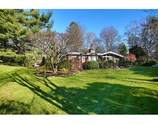 Picture 2 of 11 George Ln  Brookline Ma 3 Bedroom Single Family