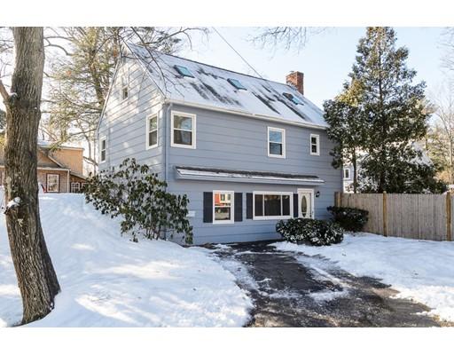Maison unifamiliale pour l Vente à 13 Richmond Road 13 Richmond Road Natick, Massachusetts 01760 États-Unis