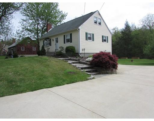 独户住宅 为 销售 在 8 Catherine 8 Catherine Stafford, 康涅狄格州 06076 美国