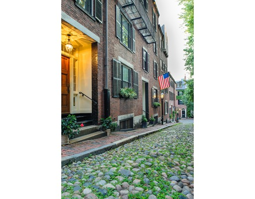 Single Family Home for Sale at 4 Acorn Street 4 Acorn Street Boston, Massachusetts 02108 United States