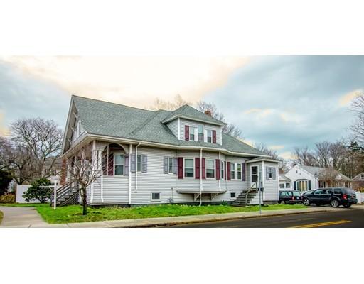 Maison unifamiliale pour l Vente à 1 Huttleston Avenue 1 Huttleston Avenue Fairhaven, Massachusetts 02719 États-Unis