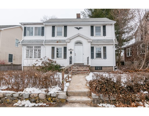 Picture 5 of 30 Warren St  Waltham Ma 3 Bedroom Single Family
