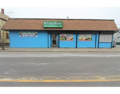 Commercial for Sale at 333 Essex Street 333 Essex Street Lynn, Massachusetts 01902 United States