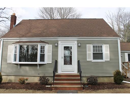 Maison unifamiliale pour l Vente à 19 Orchard Street 19 Orchard Street Holbrook, Massachusetts 02343 États-Unis