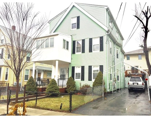 共管式独立产权公寓 为 出租 在 42 Oliver St #2 42 Oliver St #2 Everett, 马萨诸塞州 02149 美国