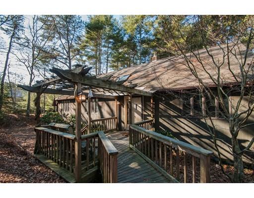 Single Family Home for Sale at 32 Harwood Drive 32 Harwood Drive Bourne, Massachusetts 02559 United States