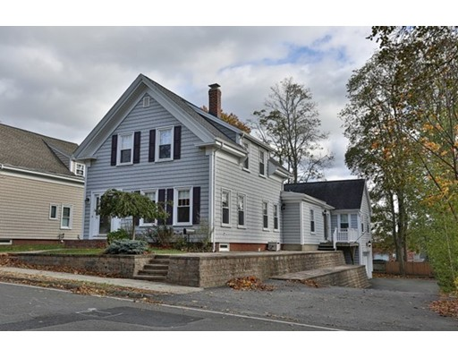 Picture 11 of 100 Woburn St  Reading Ma 4 Bedroom Single Family