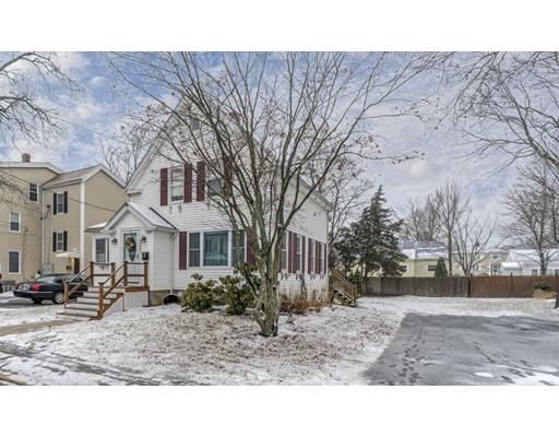 واحد منزل الأسرة للـ Sale في 131 Reed Street 131 Reed Street Rockland, Massachusetts 02370 United States