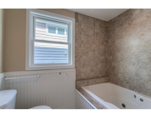 285 N End Blvd 3, Salisbury, MA, 01952